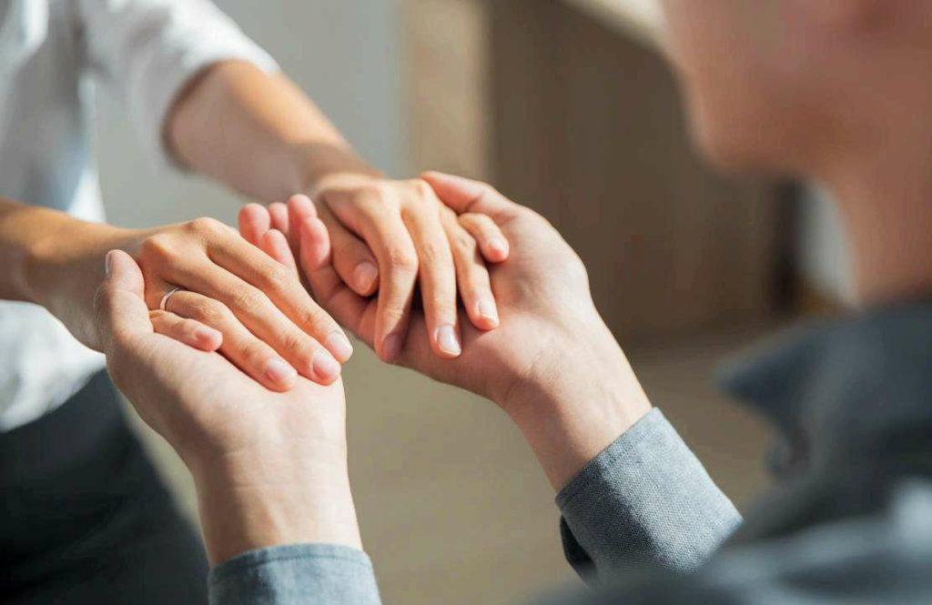 Parente com esquizofrenia: aprenda a lidar