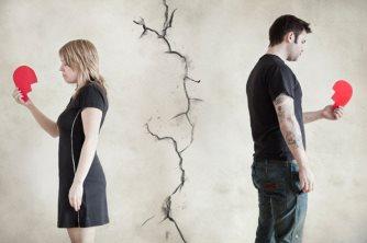 Como lidar com o término de um relacionamento