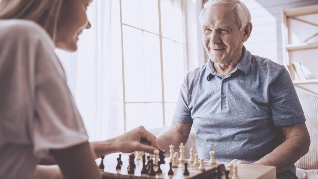 Como lidar com pais idosos