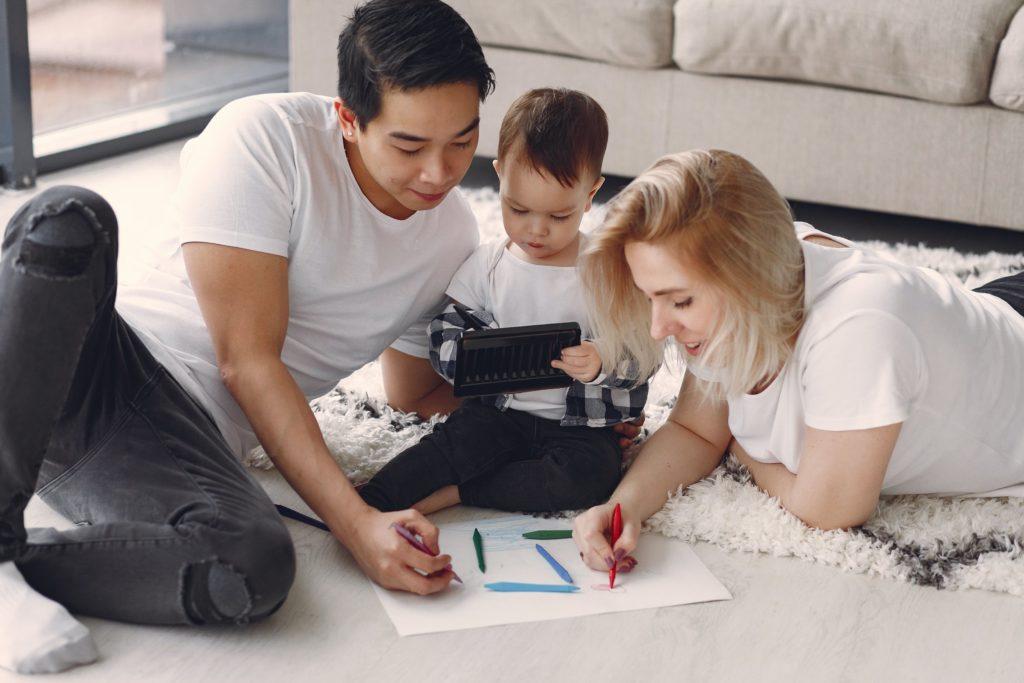 Guia completo sobre relacionamento entre pais e filhos